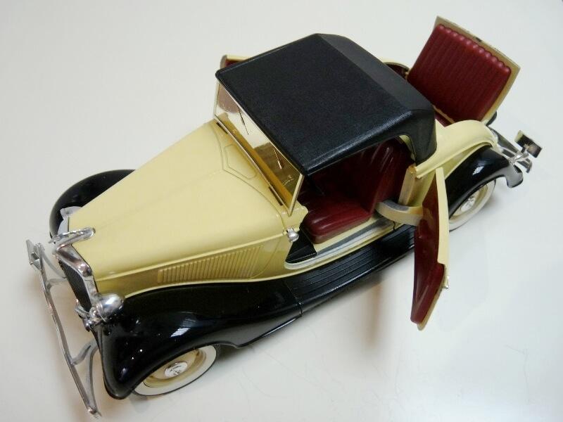 Ford M40 V8 Roadster - 1934 - Solido 1/19 ème Fordv821