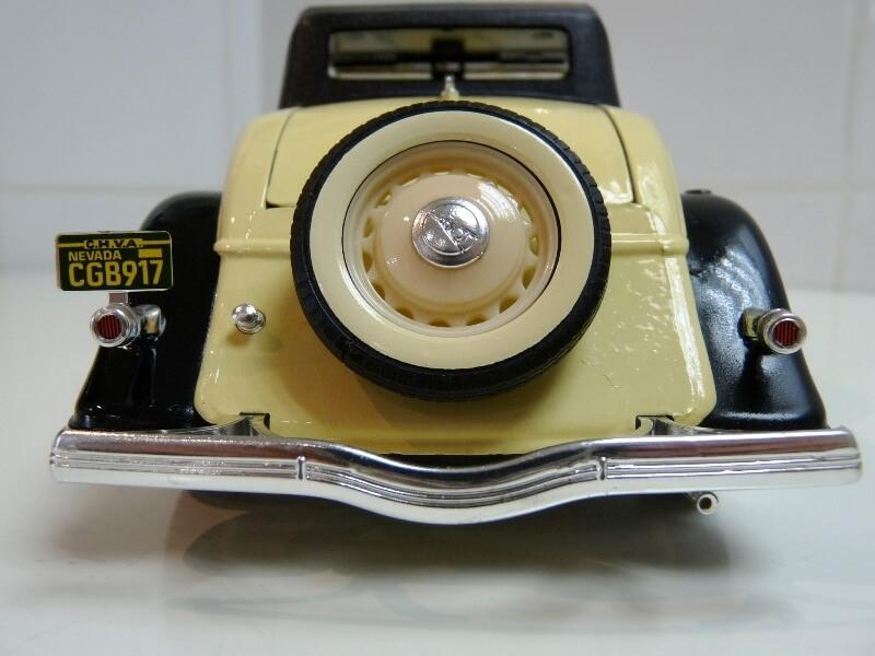 Ford M40 V8 Roadster - 1934 - Solido 1/19 ème Fordv824