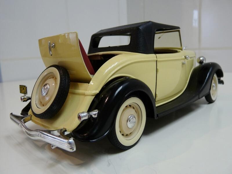 Ford M40 V8 Roadster - 1934 - Solido 1/19 ème Fordv829