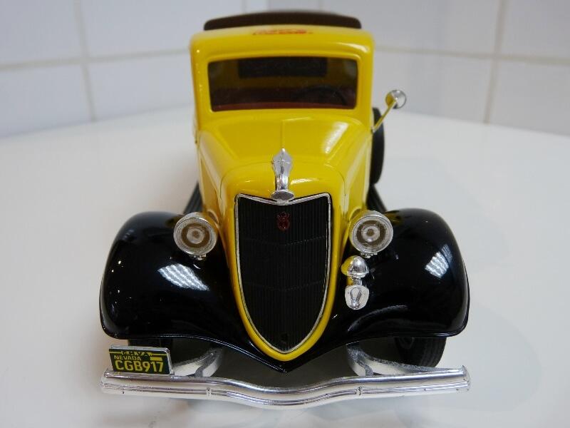 """Ford V8 Pick-up jaune bâché """"Coca-cola"""" - 1936 - Solido 1/19 ème  Fordv834"""