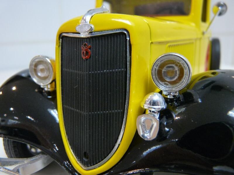 """Ford V8 Pick-up jaune bâché """"Coca-cola"""" - 1936 - Solido 1/19 ème  Fordv839"""