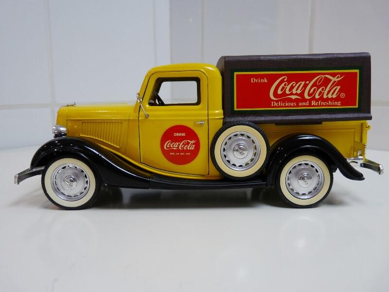 """Ford V8 Pick-up jaune bâché """"Coca-cola"""" - 1936 - Solido 1/19 ème  Fordv840"""