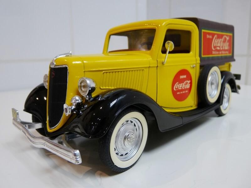 """Ford V8 Pick-up jaune bâché """"Coca-cola"""" - 1936 - Solido 1/19 ème  Fordv843"""