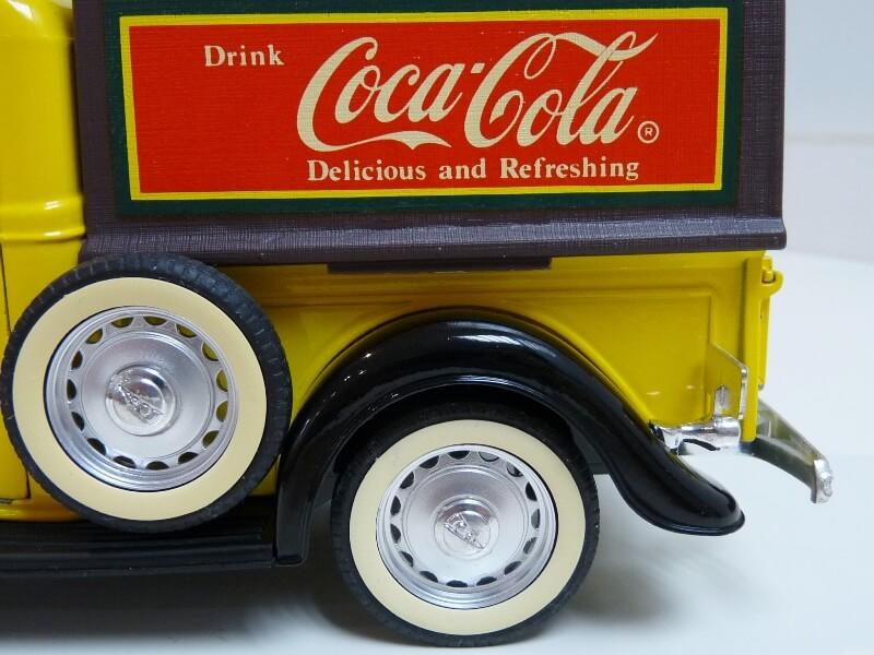 """Ford V8 Pick-up jaune bâché """"Coca-cola"""" - 1936 - Solido 1/19 ème  Fordv847"""