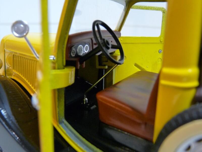"""Ford V8 Pick-up jaune bâché """"Coca-cola"""" - 1936 - Solido 1/19 ème  Fordv850"""