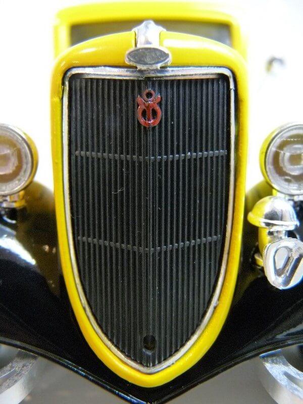 """Ford V8 Pick-up jaune bâché """"Coca-cola"""" - 1936 - Solido 1/19 ème  Fordv851"""