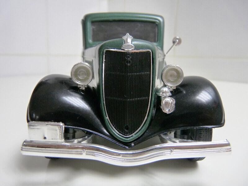 "Ford V8 Pick-up vert bâché ""Coca-cola"" - 1936 - Solido 1/19 ème Fordv856"
