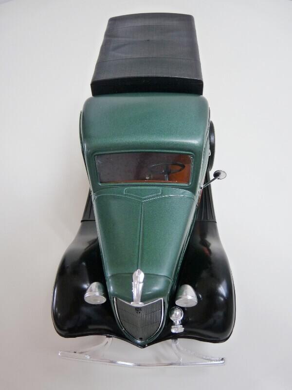 "Ford V8 Pick-up vert bâché ""Coca-cola"" - 1936 - Solido 1/19 ème Fordv857"
