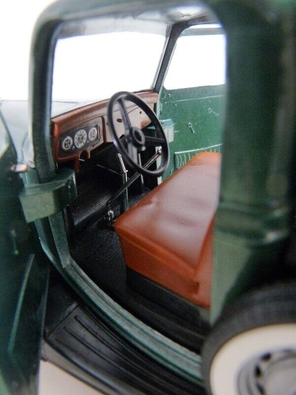 "Ford V8 Pick-up vert bâché ""Coca-cola"" - 1936 - Solido 1/19 ème Fordv863"