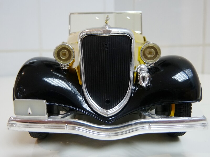 "Ford M40 V8 Roadster ""Coca-cola"" - 1934 - Solido 1/19 ème Fov8rc10"