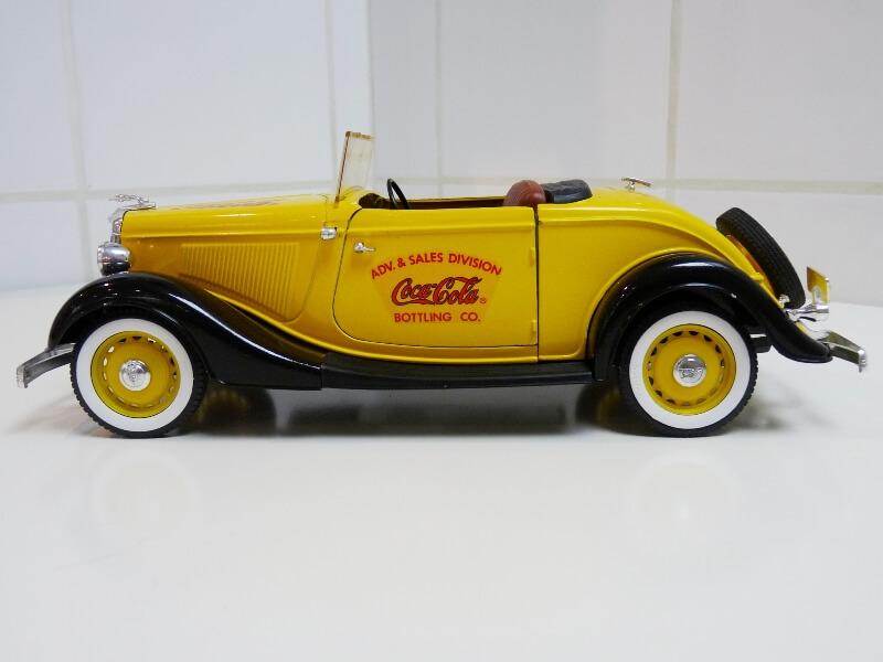 "Ford M40 V8 Roadster ""Coca-cola"" - 1934 - Solido 1/19 ème Fov8rc14"