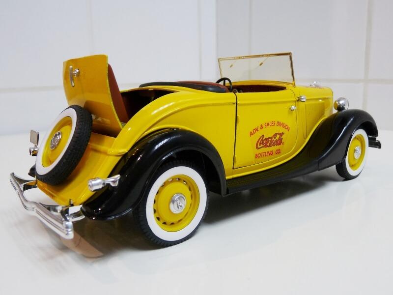 "Ford M40 V8 Roadster ""Coca-cola"" - 1934 - Solido 1/19 ème Fov8rc18"