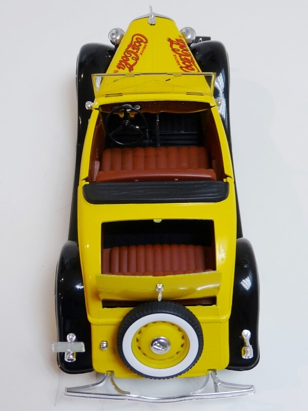 "Ford M40 V8 Roadster ""Coca-cola"" - 1934 - Solido 1/19 ème Fov8rc23"