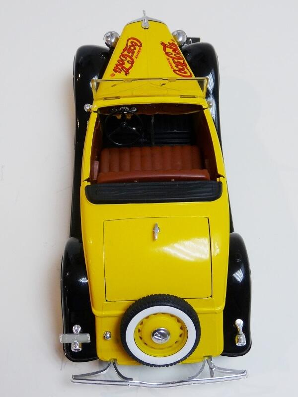 "Ford M40 V8 Roadster ""Coca-cola"" - 1934 - Solido 1/19 ème Fov8rc29"