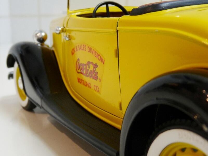 "Ford M40 V8 Roadster ""Coca-cola"" - 1934 - Solido 1/19 ème Fov8rc32"