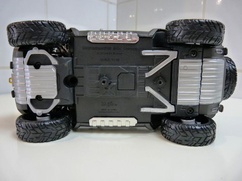 Hummer H4-HX Concept - 2008 - Maisto 1/18 ème Hh4hx_10