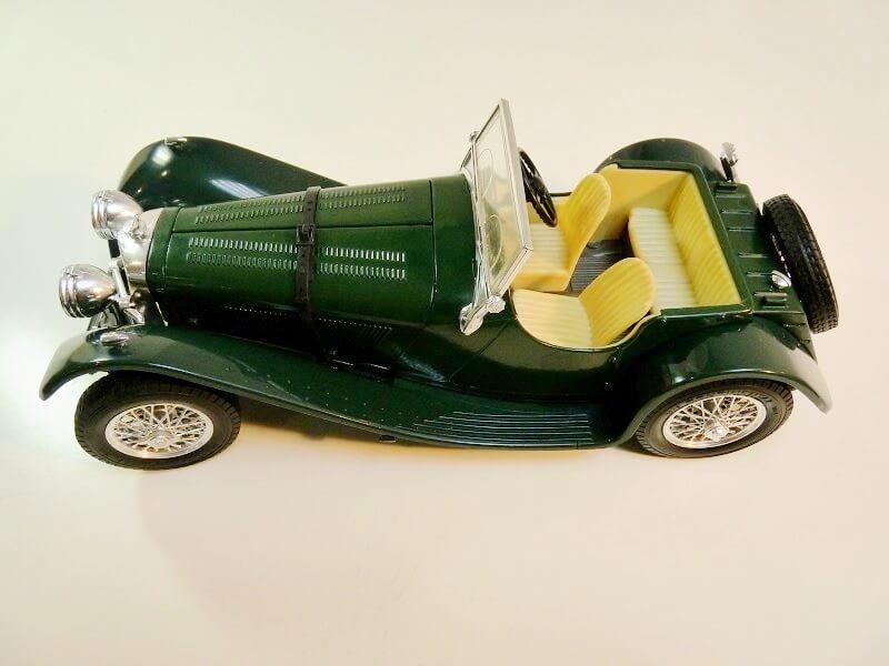 Jaguar SS100 - 1937 - BBurago 1/18 ème Jaguar10