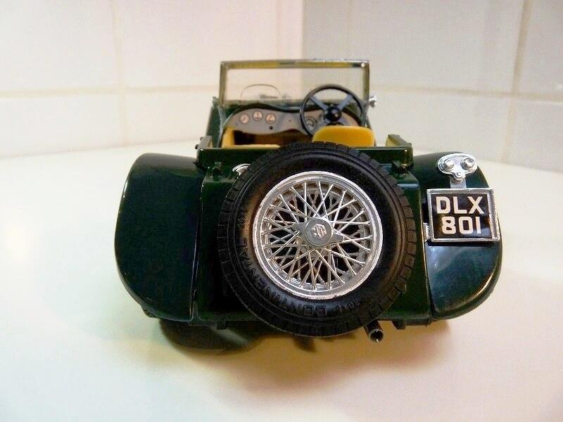 Jaguar SS100 - 1937 - BBurago 1/18 ème Jaguar15
