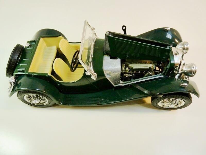 Jaguar SS100 - 1937 - BBurago 1/18 ème Jaguar17