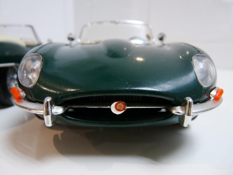 Jaguar Type E Cabriolet vert - 1961 - BBurago 1/18 ème Jte_ca30
