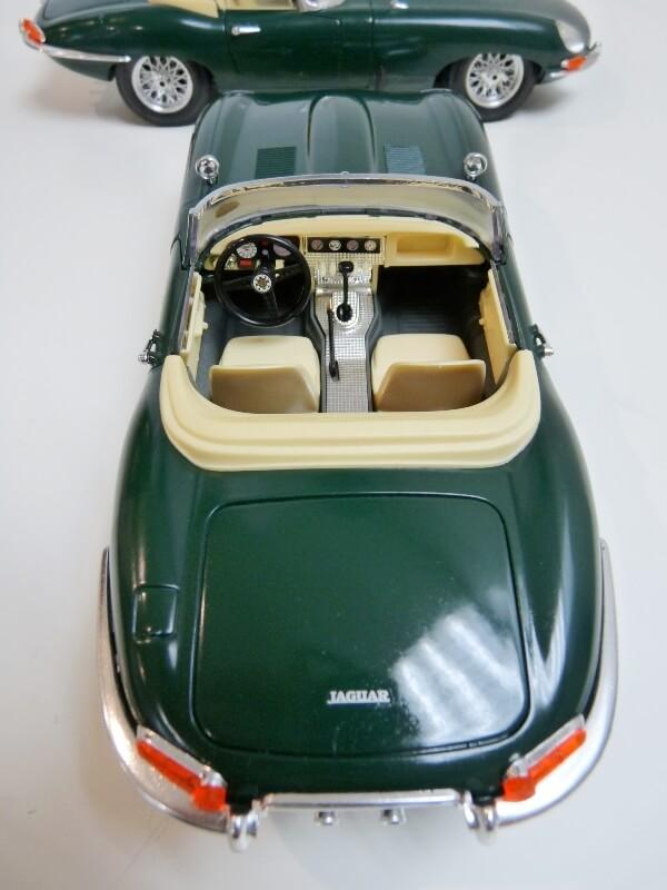 Jaguar Type E Cabriolet vert - 1961 - BBurago 1/18 ème Jte_ca35