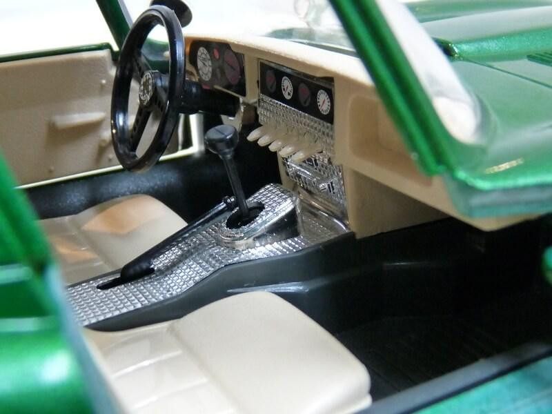 Jaguar Type E Coupé vert- 1961 - BBurago 1/18 Jte_cv22
