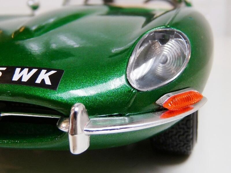 Jaguar Type E Coupé vert- 1961 - BBurago 1/18 Jte_cv27