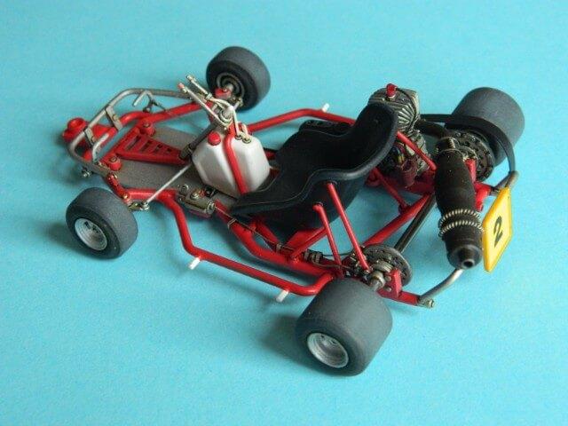 Kart  A. SENNA Bercy 93 - Fujimi 1/20ème - Par fombec6 - Fini . Ks03810
