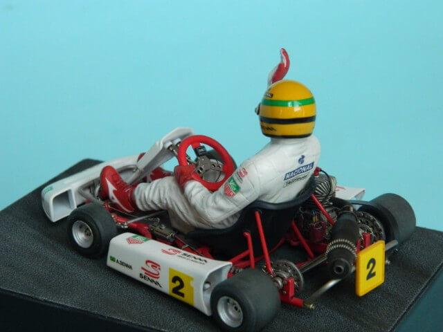 Kart  A. SENNA Bercy 93 - Fujimi 1/20ème - Par fombec6 - Fini . - Page 2 Ks05010