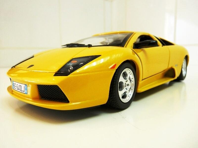 Lamborghini Murcièlago - 2004 - BBurago 1/18 ème Lambor11