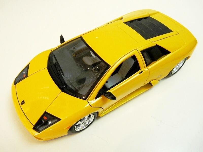 Lamborghini Murcièlago - 2004 - BBurago 1/18 ème Lambor21