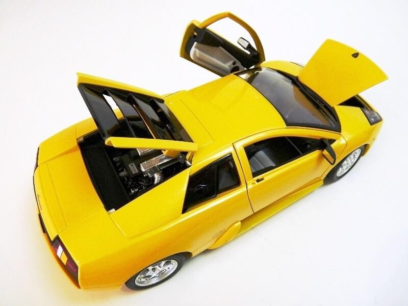 Lamborghini Murcièlago - 2004 - BBurago 1/18 ème Lambor23