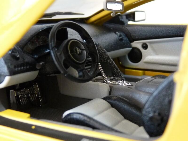 Lamborghini Murcièlago - 2004 - BBurago 1/18 ème Lambor24