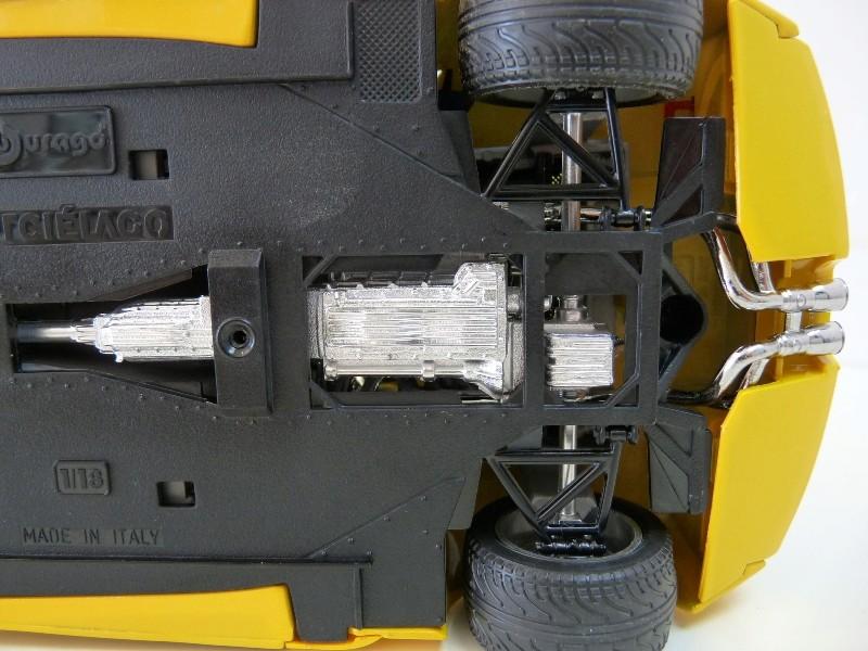 Lamborghini Murcièlago - 2004 - BBurago 1/18 ème Lambor29