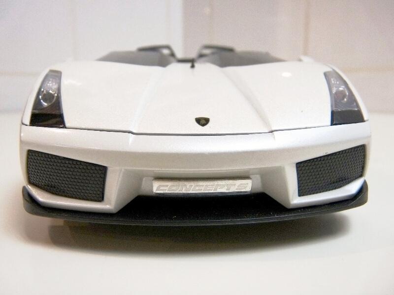 Lamborghini Concept S - 2005 - Mondo Motors 1/18 ème Lambor37