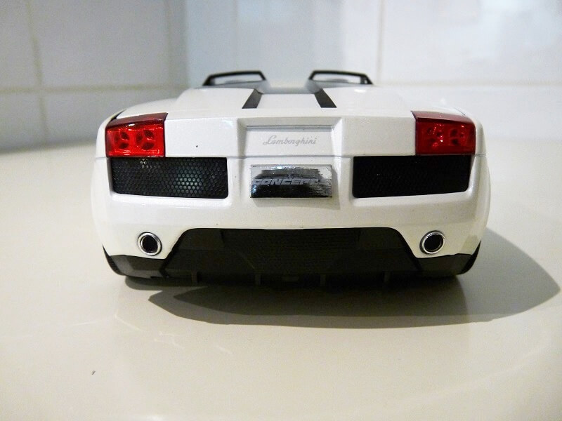 Lamborghini Concept S - 2005 - Mondo Motors 1/18 ème Lambor41