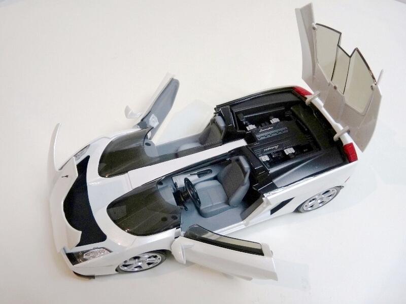 Lamborghini Concept S - 2005 - Mondo Motors 1/18 ème Lambor43