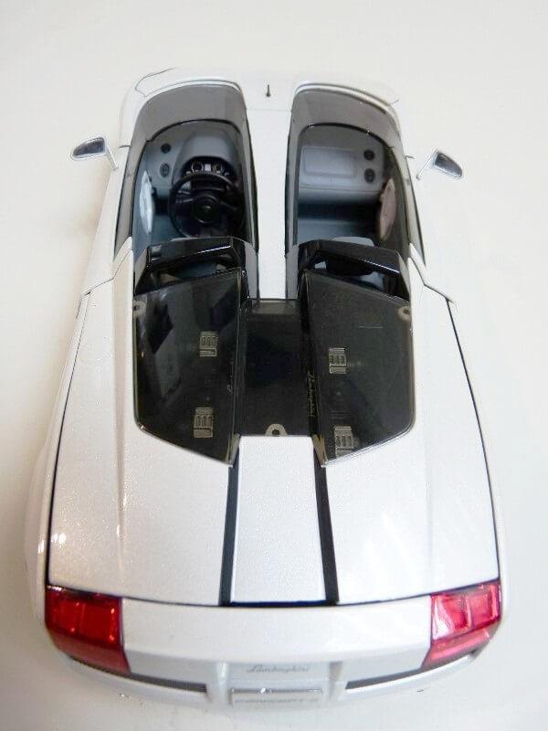 Lamborghini Concept S - 2005 - Mondo Motors 1/18 ème Lambor47