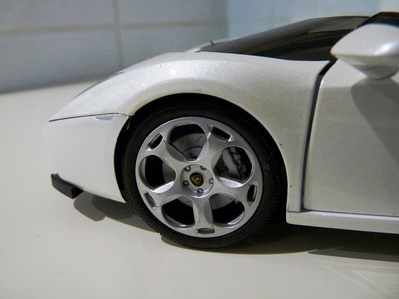 Lamborghini Concept S - 2005 - Mondo Motors 1/18 ème Lambor56