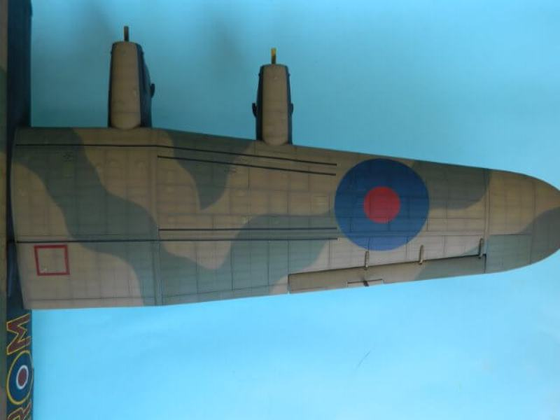 Avro Lancaster Mk.III - Tamiya 1/48 - Par fombec6 - Fini. - Page 6 Lanc_284