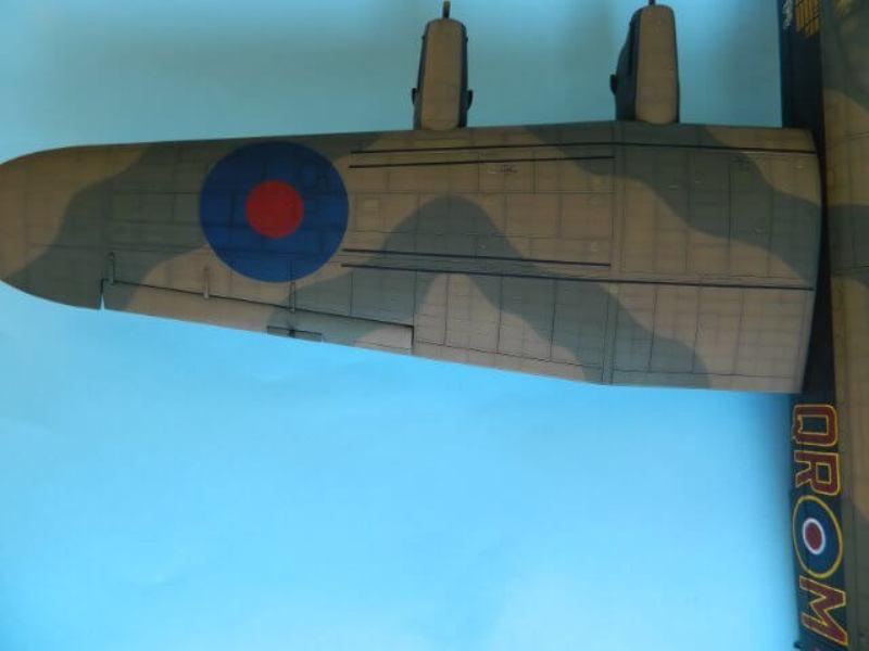 Avro Lancaster Mk.III - Tamiya 1/48 - Par fombec6 - Fini. - Page 6 Lanc_285
