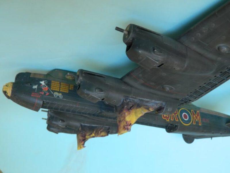 Avro Lancaster Mk.III - Tamiya 1/48 - Par fombec6 - Fini. - Page 6 Lanc_340