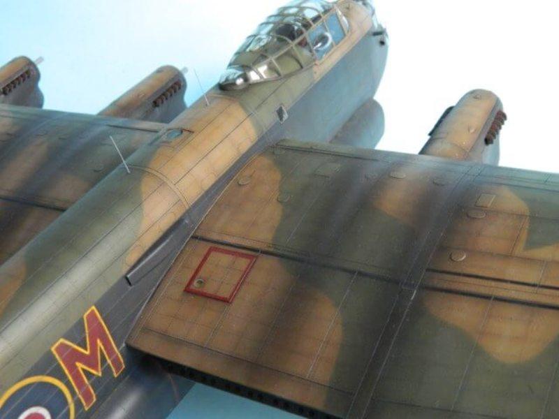 Avro Lancaster Mk.III - Tamiya 1/48 - Par fombec6 - Fini. - Page 7 Lanc_344
