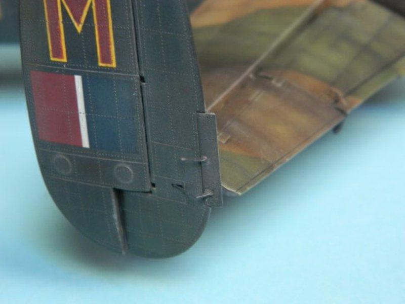 Avro Lancaster Mk.III - Tamiya 1/48 - Par fombec6 - Fini. - Page 7 Lanc_345