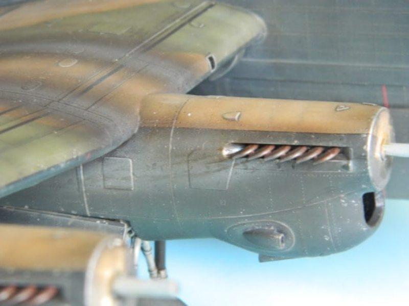 Avro Lancaster Mk.III - Tamiya 1/48 - Par fombec6 - Fini. - Page 7 Lanc_352
