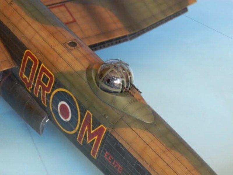 Avro Lancaster Mk.III - Tamiya 1/48 - Par fombec6 - Fini. - Page 7 Lanc_366