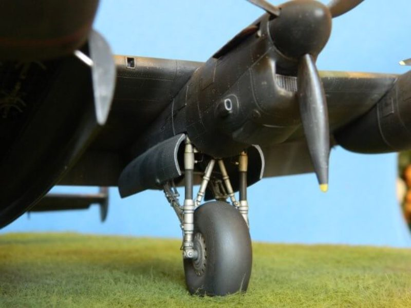 Avro Lancaster Mk.III - Tamiya 1/48 - Par fombec6 - Fini. - Page 7 Lanc_371