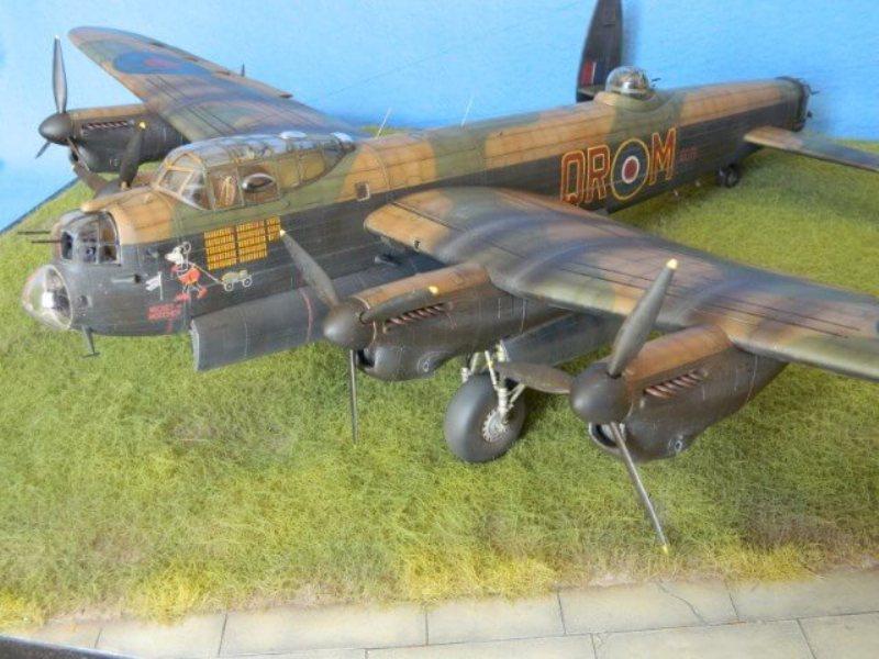 Avro Lancaster Mk.III - Tamiya 1/48 - Par fombec6 - Fini. - Page 7 Lanc_372