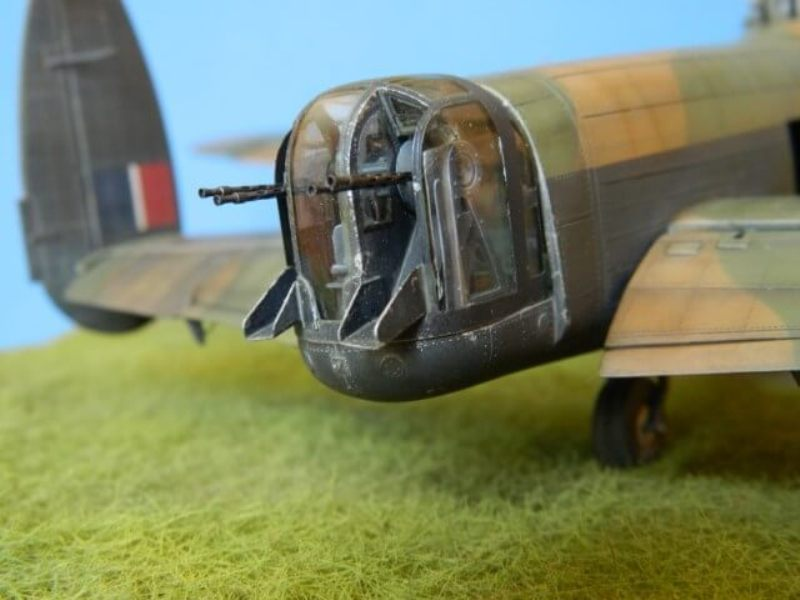 Avro Lancaster Mk.III - Tamiya 1/48 - Par fombec6 - Fini. - Page 7 Lanc_374
