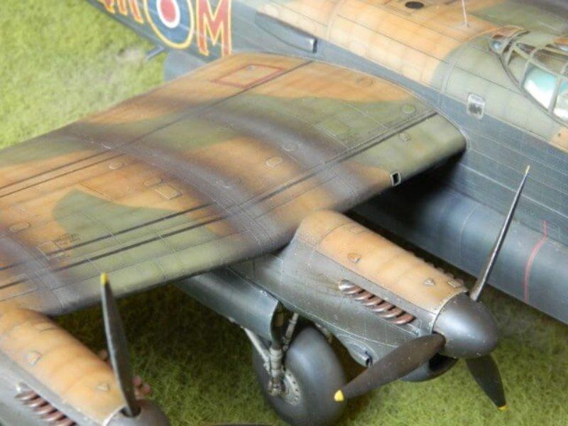 Avro Lancaster Mk.III - Tamiya 1/48 - Par fombec6 - Fini. - Page 7 Lanc_378